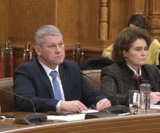 """Predoiu, la audiere: """"Grupurile de infractori se doteaza cu tehnica, drone, aparate de bruiaj"""". Ce a spus despre SS si Codurile Penale"""