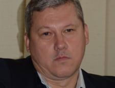 Predoiu ii raspunde lui Basescu: Pot sa fiu si presedinte jucator, si presedinte mediator
