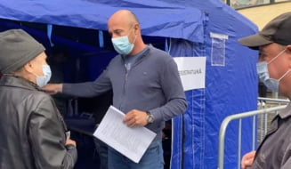 "Prefectul de Brasov, Mihai Catalin Vasii, participa ca voluntar la campania ""Liber la vaccinare, liber la viata"" - VIDEO"