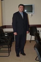 Prefectul de Dolj, acuzat ca tergiverseaza punerea in posesie