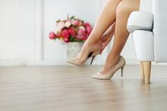 Preferi pantofii dama cu toc mediu? Poarta-i la aceste tinute si vei face furori!