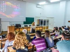 Pregatire pentru Bac pe ritmuri rock: Cum isi bate joc Primaria lui Firea de Universitatea Bucuresti