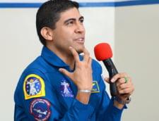 Premiera extraordinara pentru scoala romaneasca: Un astronaut NASA s-a intalnit cu elevii scolii Lauder-Reut