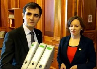 "Premiera in politica romaneasca: USR face primul ""filibuster"" in Parlament, cu 5.000 de amendamente impotriva split TVA"