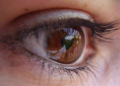 Premiera medicala in Romania - operatie de cataracta congenitala