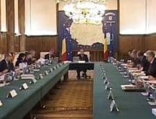 Premierul Boc discuta cu ministrii despre absorbtia fondurilor UE