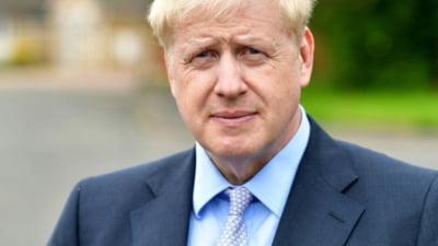 """Premierul Boris Johnson anunta un sistem de restrictii cu 3 niveluri pentru Anglia. """"Trebuie sa actionam pentru a salva vieti"""""""