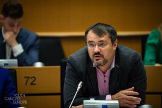 """Premierul Cîțu, curtenitor cu Cristian Ghinea. """"Mare parte din succesul acestui PNRR i se datorează"""""""