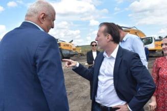 Premierul Citu, amenintare intr-un cerc restrans la finalul vizitei la Botosani: Ala pleaca acasa! - VIDEO & GALERIE FOTO