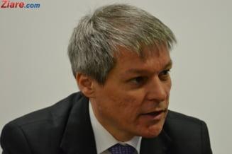 Premierul Dacian Ciolos se intalneste cu guvernatorul BNR (Video)