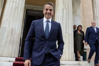 Premierul Greciei anunta de la Paris reduceri de impozite pentru firme si cheama investitorii straini sa profite