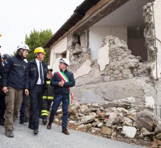 Premierul Italiei: Vom reconstrui casele, bisericile, tot ce s-a prabusit la cutremur