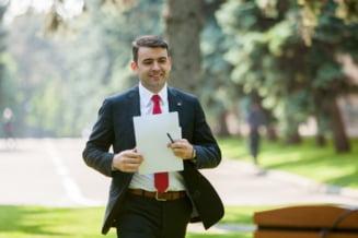 Premierul Moldovei, anchetat pentru ca si-ar fi falsificat diploma de liceu