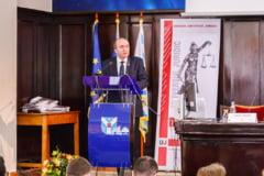 Premierul Orban, somat sa-l inlocuiasca pe Tudorel Toader din Comisia de la Venetia. Reactia fostului ministru al Justitiei