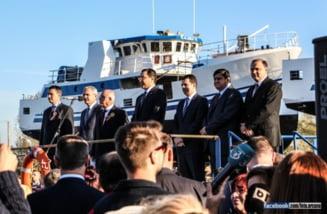 Premierul Ponta, vizita-fulger pe Santierul Naval Giurgiu, la botezul a patru nave de pescuit