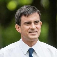 Premierul francez, huiduit la comemorarea victimelor de la Nisa: Criminalule!