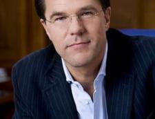 Premierul olandez sustine ca Franta si Germania actioneaza in mod prematur in cazul infiintarii unei armate europene