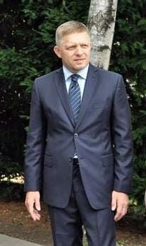 Premierul slovac: Daca sunt repuse pe tapet cotele de repartizare a imigrantilor, le vom respinge din nou