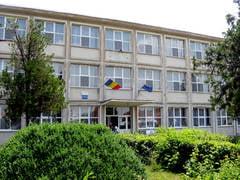 """Premii pentru sefii de promotie de la Liceul """"Mihai Viteazul"""" din Bailesti"""