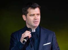 """Preotul Francisc Dobos: """"Dumnezeu nu e Bau-Bau. Pai, de cand in fisa postului lui Dumnezeu e batutul?"""""""