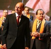 Presa de azi: Basescu, remorcherul politic al lui Vasile Blaga