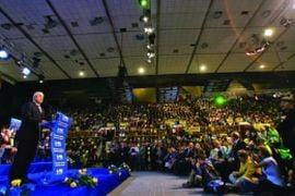 Presa de azi: Lansarea candidatilor PNL - show politico-rock