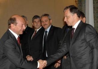 Presa de azi: Mona Musca revine, PSD vrea sa-i ia imunitatea lui Basescu