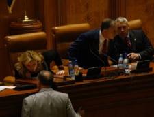 Presa de azi: Opozitia a dat jos Guvernul PSD-PNL
