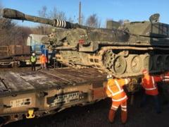 Presa din Marea Britanie si Rusia: Tancuri britanice au fost trimise in secret prin Canalul Manecii pentru a se pregati de razboi in Europa