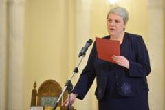 Presa externa: Prima femeie si primul musulman premier in Romania. Dragnea va fi adevaratul sef!