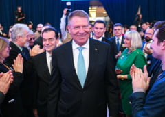 Presa externa comenteaza alegerile noastre: O forta de echilibru intr-o natiune unde haosul politic a devenit o norma