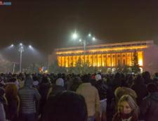 Presa internationala: Furia protestatarilor nu s-a linistit, Guvernul a facut prea putin, prea tarziu
