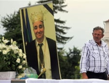 Presa straina despre inmormantarea lui Cioaba: Regele rromilor a trimis copiii la scoala