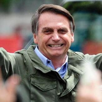Presedintele Braziliei, amendat pentru ca a participat la un miting fara masca. Ce suma a scos din buzunar