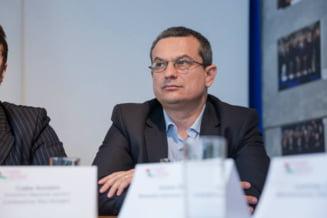 """Presedintele CNCD, dupa promulgarea de catre Klaus Iohannis a legii care interzice hartuirea la locul de munca: """"Jale! In cea mai mare parte inaplicabila in practica"""""""
