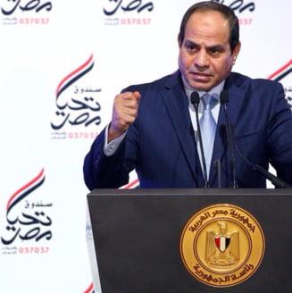 Presedintele Egiptului, discurs viral: Jur ca m-as vinde - A fost scos la mezat pe eBay