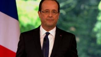 Presedintele Francois Hollande, presat sa reactioneze in problema rromilor