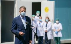 """Presedintele Iohannis i-a felicitat pe medicii de la urgente: """"A fost un an infernal, sunteti eroii nostri"""""""