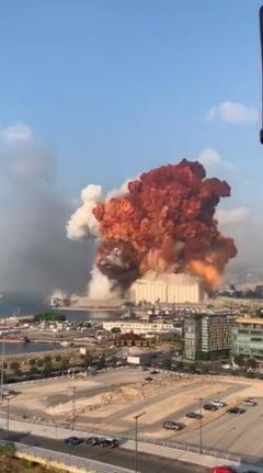 Presedintele Libanului dezvaluie o posibila cauza a exploziilor din Beirut: mii de tone de nitrat de amoniu depozitate fara masuri de securitate