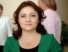 """Presedintele Organizatiei de Femei a PDL: Ponta este """"Praslea cel mincinos"""""""
