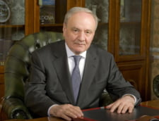 Presedintele R.Moldova si sotia au depus o coroana la Peles in memoria reginei Ana