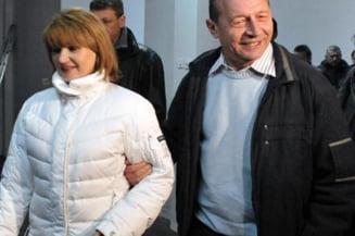 Presedintele Traian Basescu isi petrece Craciunul la Predeal (Video)