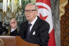 Presedintele Tunisiei a decretat stare de urgenta dupa masacru: Suntem in stare de razboi