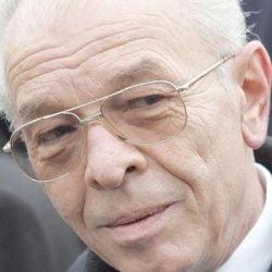 """Presedintele Vacaroiu a promulgat legea """"vracilor"""""""