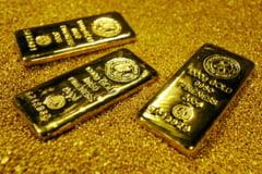 Pretul aurului scade - La cat va ajunge si ce se va intampla cu proiectul Rosia Montana