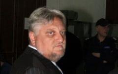 Pretul jafului. Corneliu Iacobov este liber, dupa 4 ani de inchisoare - cate unul pentru fiecare 60 de miliarde de lei vechi praduite de la Rafo Onesti