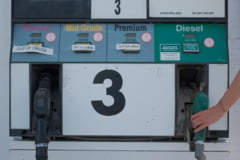 Preturile petrolului au atins vineri cele mai ridicate niveluri din an. Care este motivul