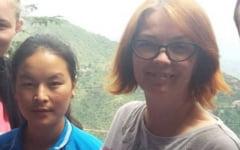"Prietenia romano-tibetana pentru visul al unei tinere refugiate de a invata. ""Mama ei a lasat-o sa se descurce singura intr-o tara straina la 6 ani"""