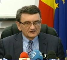 Prim-vicepresedinte PNL: Victor Ciorbea trebuie dus de urgenta la spital