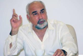 Prima masura a ministrului Vosganian: A reparat ceasul din turla Ministerului